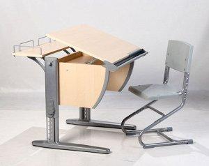 Растуший стол б/ у в отличном состоянии + стул с чехлами