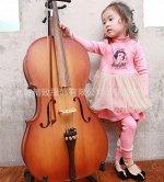 6. Практичное и нарядное платье с лосинками и пышной юбкой