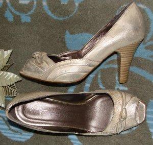 нарядные туфли с открытым носиком Tamaris 36-36,5р.