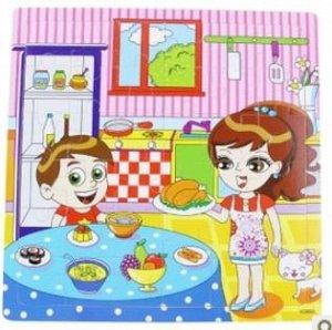 На кухне Деревянные пазлы для тех, кто постарше (с 4-х лет), большие квадратные!!! 30*30 см; 36 деталей (размер одной детали 4,5х5,5 см).
