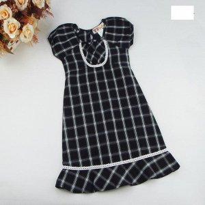 Платье в клетку черное