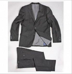 Мужской костюм черного цвета 52 размера на высокого мужчину.