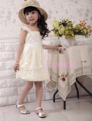 Платье бледно-желтое
