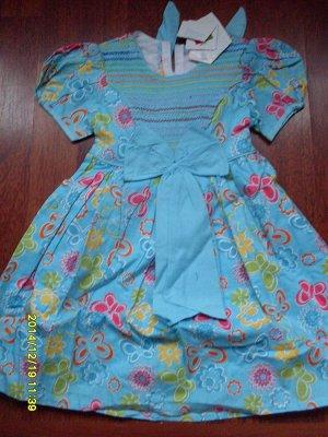 Платье с цветами и бабочками голубое