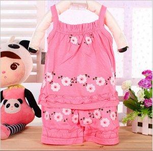 Костюм с шортами розовый с цветочками