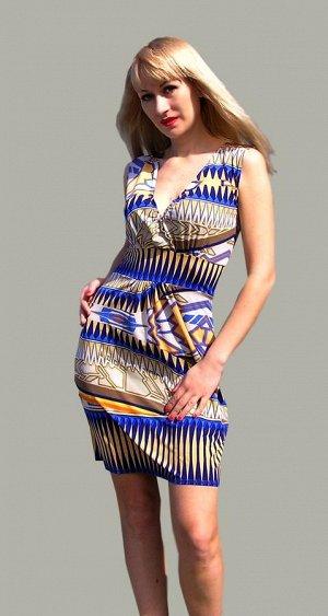 Трикотажное платье 46 размера