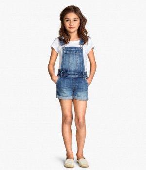 Джинсовый комбинезон шорты на девочку
