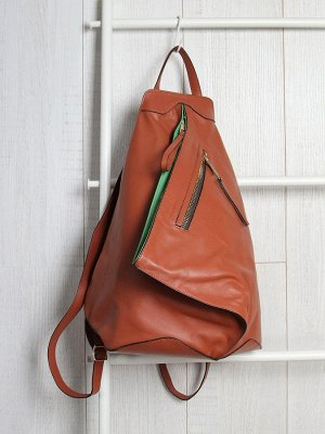 Оранжевый цвет в тренде! Итальянский рюкзак