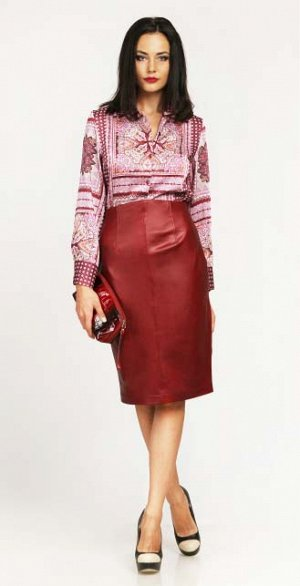 Распродажная цена! Блуза на 44 р-р из закупки  De-Liz. Цена гораздо ниже, чем в СП!