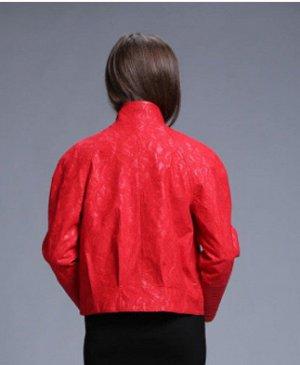 куртка материал: эко-кожа и кружево, красивые аксессуары.