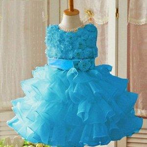 Нарядное платье для девочки лет 4ёх