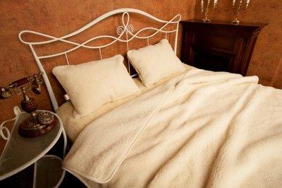 Magic Wool  Изделия из натуральной шерсти — Одеяла и наволочки Меринос — Одеяла