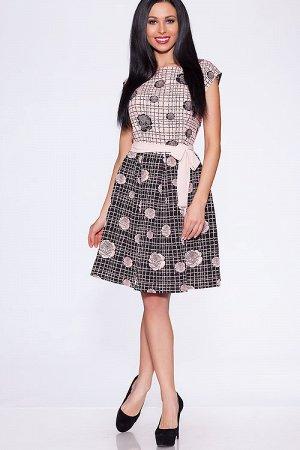 Красивое платье на 46 размер.
