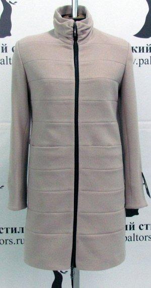 Пальто цвет: бежевый, ткань: итальянский кашемир, состав:60% шерсть, 40% акрил. Длина 90 см.