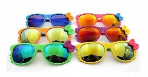 Солнцезащитные очки детские с зеркальными стеклами и бабочкой