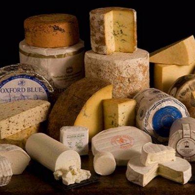 Сыр, масло-120. Сливки 33% ТМ Милкавита 289 руб