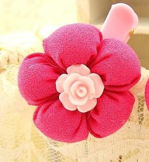 Зажим для волос с мягким цветком и розой
