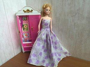 Платье с сиреневыми цветами