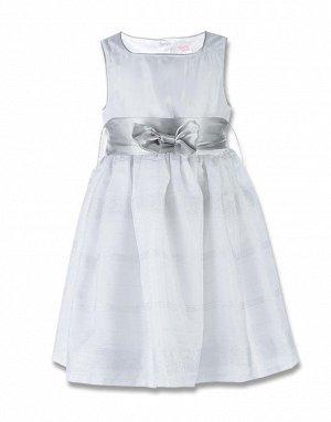 Платье нарядное с бантиком впереди белое