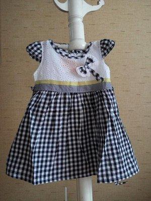 Платье с клетчатой юбкой