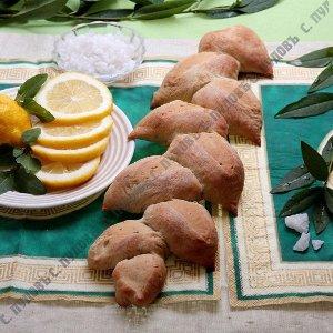 Греческий хлеб с лимоном и орегано
