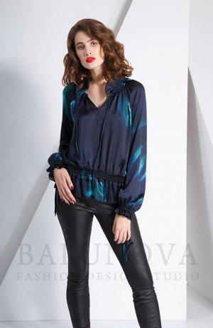 Свободная блузка из шелковистой ткани.Цена снижена!