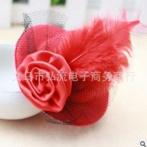 """Зажим для волос """"Шляпка"""" с пером и цветком"""