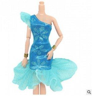 Платье голубое с воланом по низу