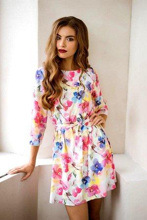 Нежное весеннее-летнее платье