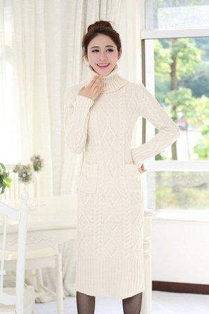 Продается вязаное платье 46 размера