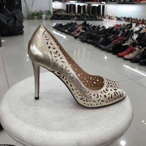 Очень красивые туфли Moreallna