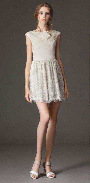 Продам шикарное платье  M*O*Z*A*R*T
