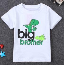 Продам футболку на мальчика,рост 110см, можно в садик.