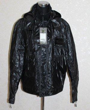 Куртка черная с капюшоном