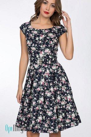 Хорошенькое платье на лето