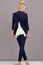 Элегантный брючный костюм в комплекте с шифоновой блузкой