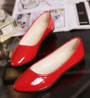 Пристрою женскую обувь.