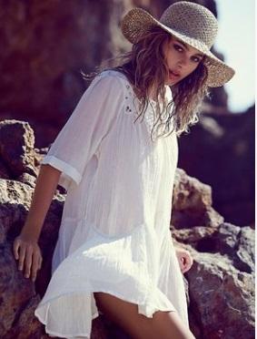 Блузка свободная пляжная с кружевом