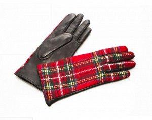 Яркие женские перчатки из закупки  GANTES