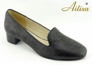 Туфли из мягкой ажурной натуральной кожи.