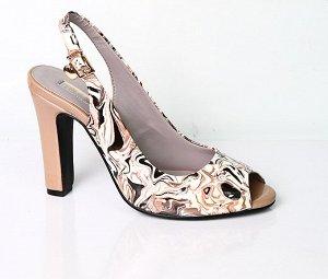 Пристрою туфли Инарио, 37 р, брала со скидкой