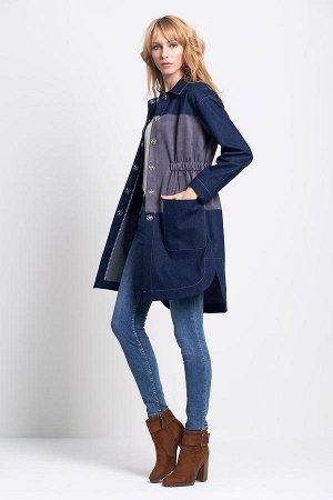 Легкое пальто из джинсы с замшей