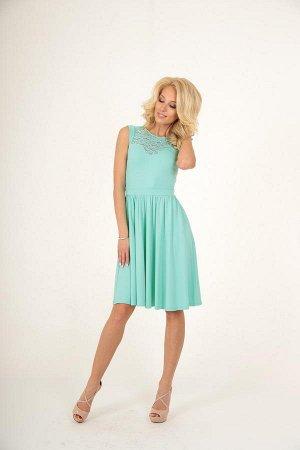 Изящное трикотажное платье V@V 42 размер