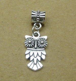 подвеска Бижутерный сплав Цвет металла: серебро Сова - это символ мудрости и знаний!