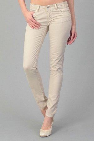 Белые тонкие джинсы Италия
