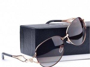 Поляризованные очки  женские в металлической оправе