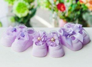 Носочки светло-фиолетовые  с бантиками или цветочками