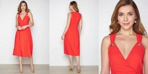 Яркое летнее платье на 46 размер
