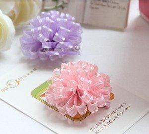 Зажим для волос с цветком из капроновых лент
