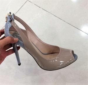 """Туфли фирмы """"Spagnа""""  - открытые, лаковые на узкую ножку 37 размера"""